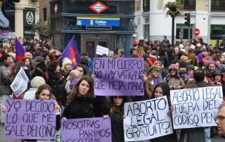 aborto jovenes 8 febrero 2015