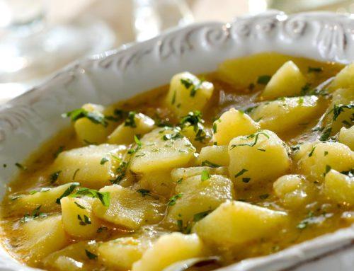 Patatas guisadas con almendras