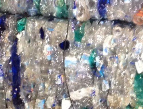 Agua plastificada, una amenaza disfrazada de necesidad